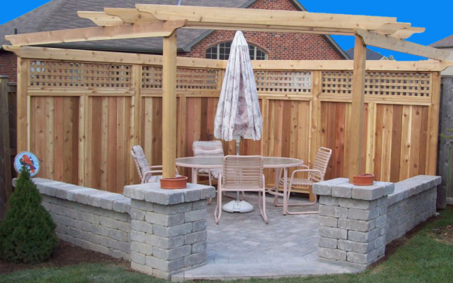 PICTURE IT LANDSCAPE, DESIGN, MAINTENANCE, PATIO WITH FENCE AND PERGOLA